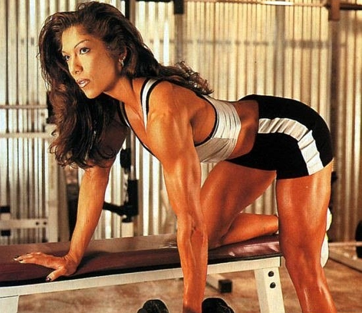 Susie Curry - Asian Fitness Competitors