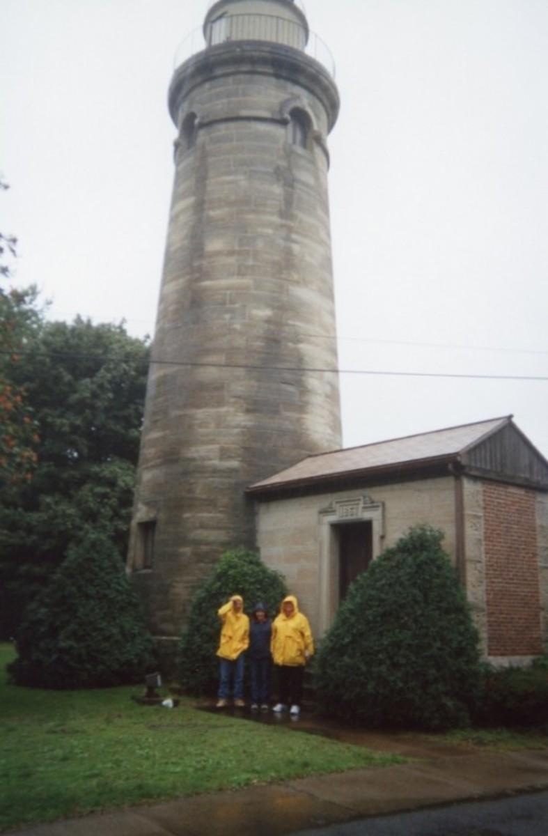 There are several lighthouses in Erie. There were new to us as well. We don't have that many lighthouses in Southern California. We also do not wear raincoats when visiting historic sites. That was new to us too.