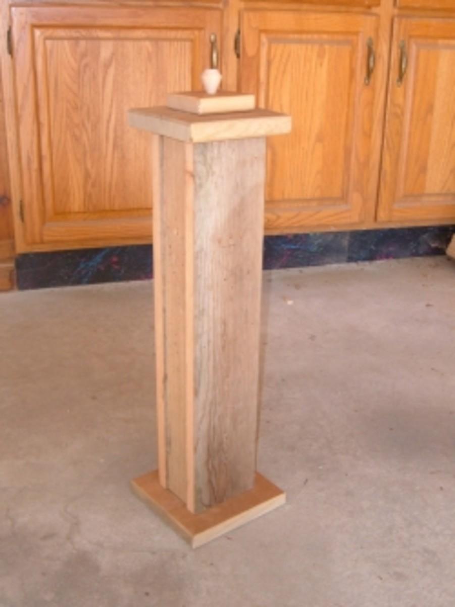 DIY Wooden Cat Scratching Post