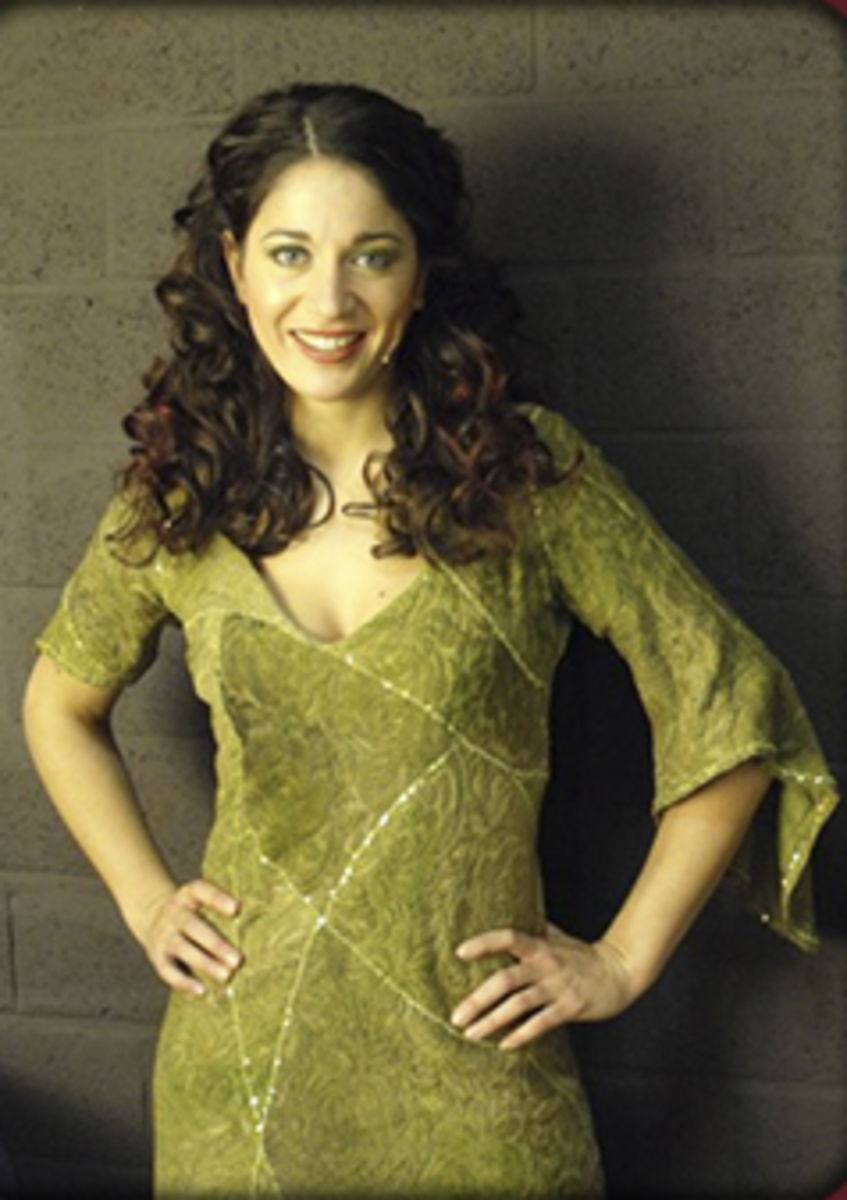 Sasha Rosen as Esmeralda