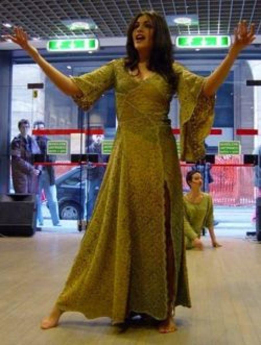 Rosalia Misseri as Esmeralda