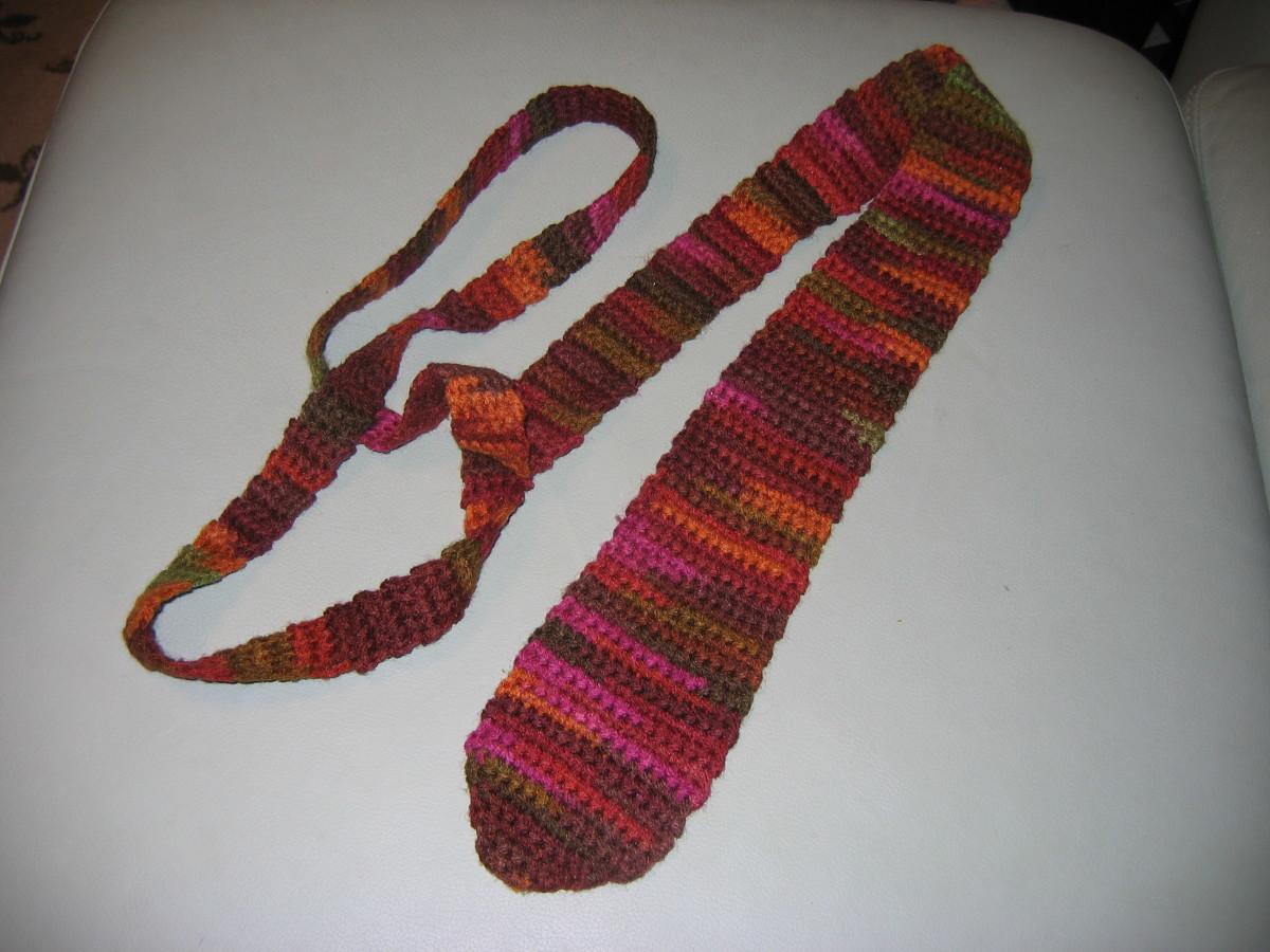 Man's crochet tie