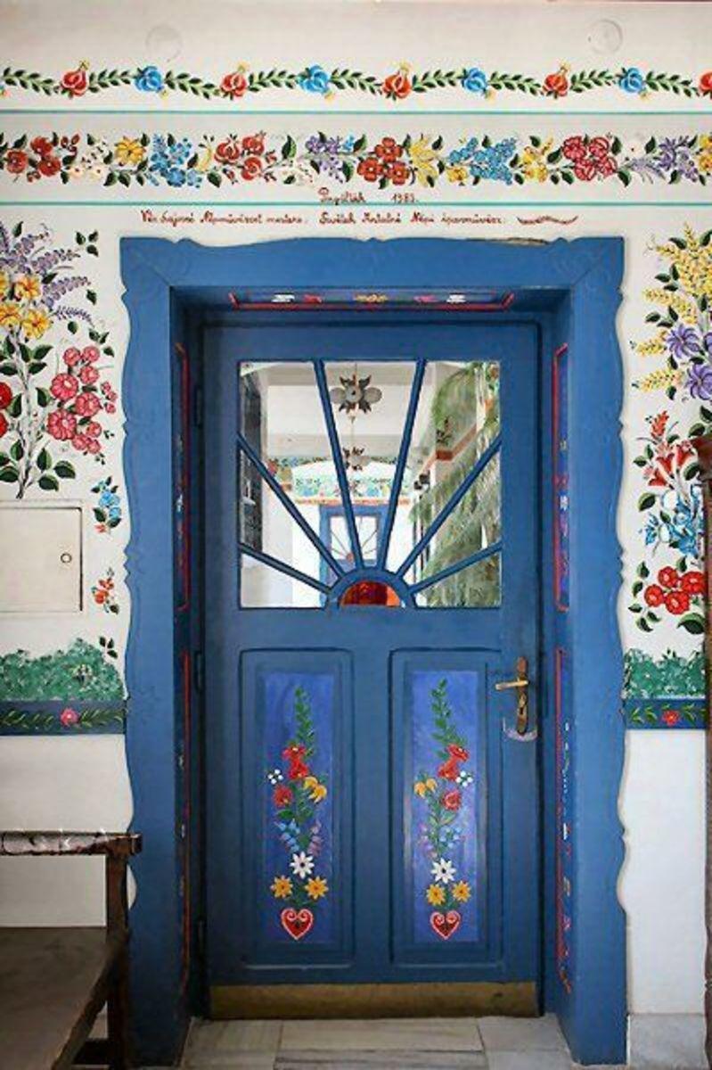 Decorative hungarian folk art painting hubpages - Decorative painting artists ...