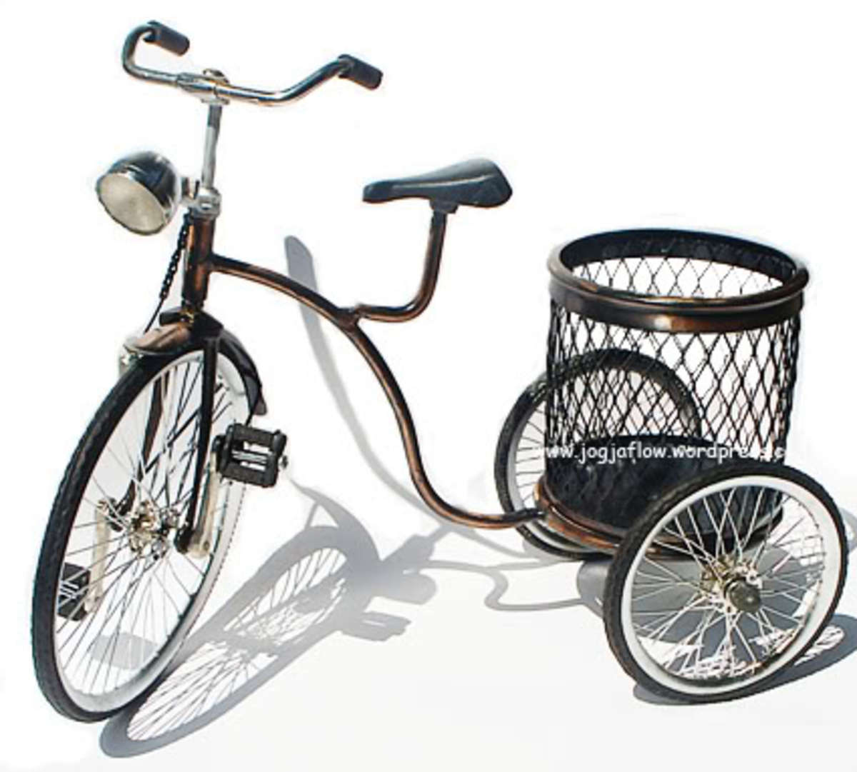 Bicycle miniature with basket