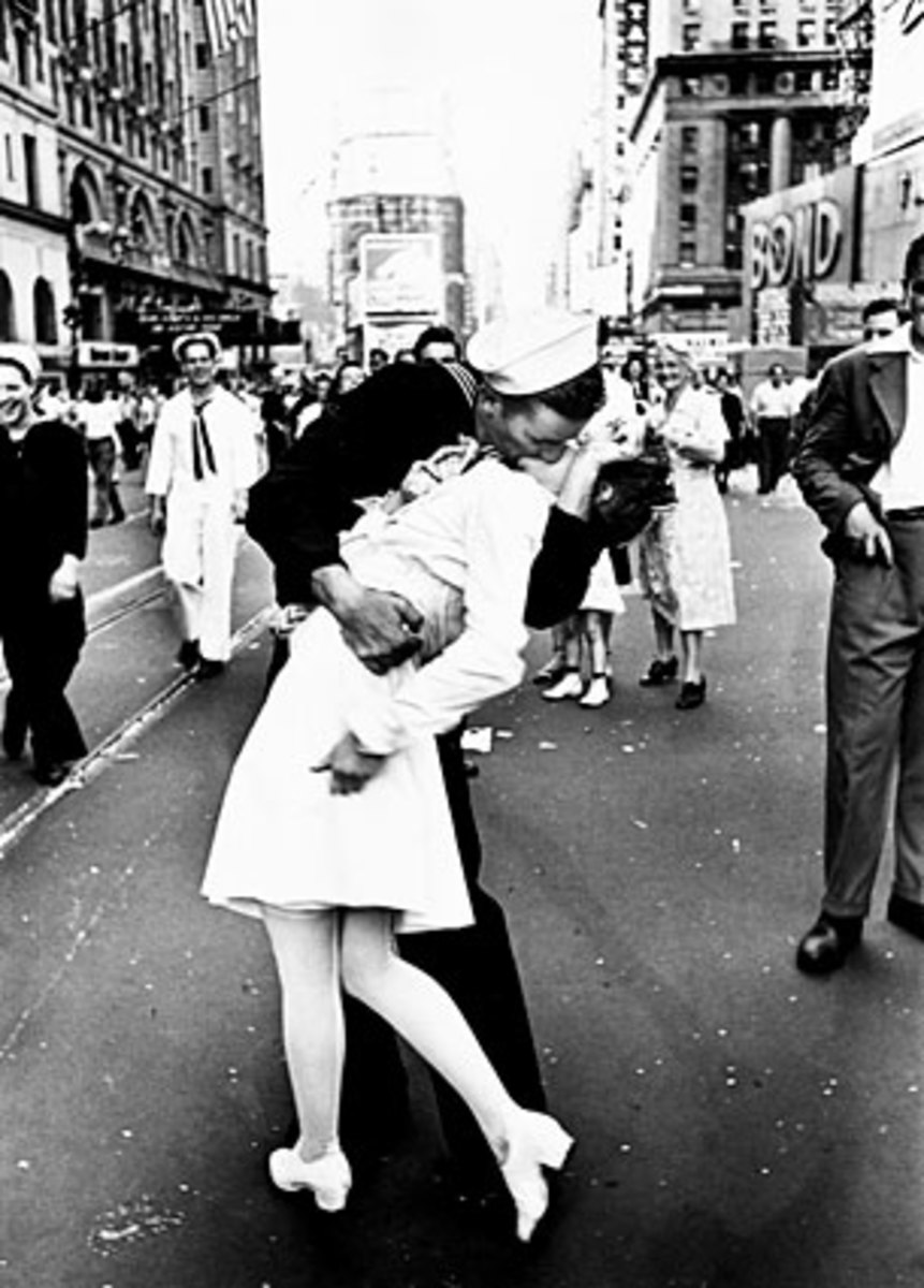 Kiss Signaled the End of World War II: the Famous Kiss Picture