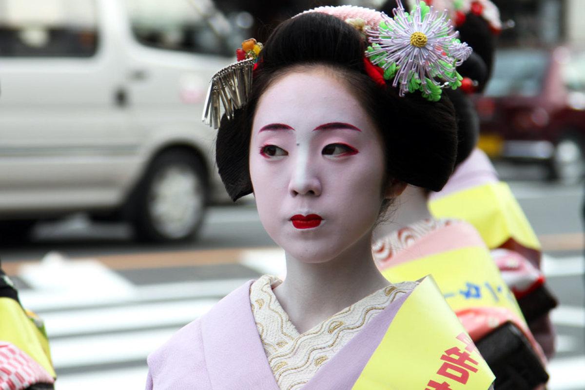 Maiko - make-up
