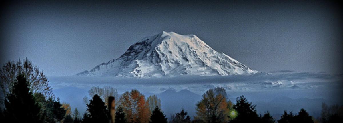 Mount Rainier - Snowy, stately monument