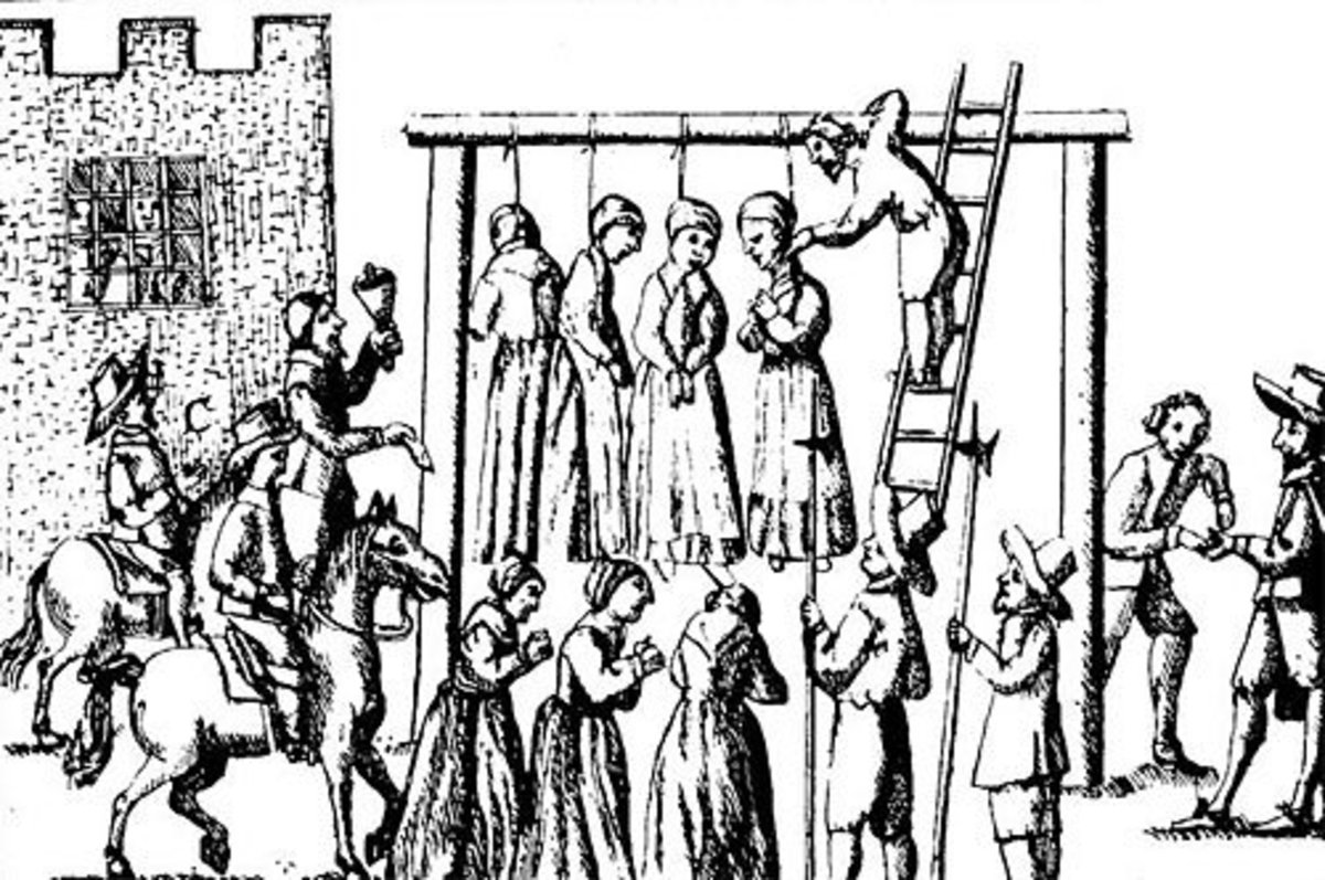 (Suspected) witches being hanged