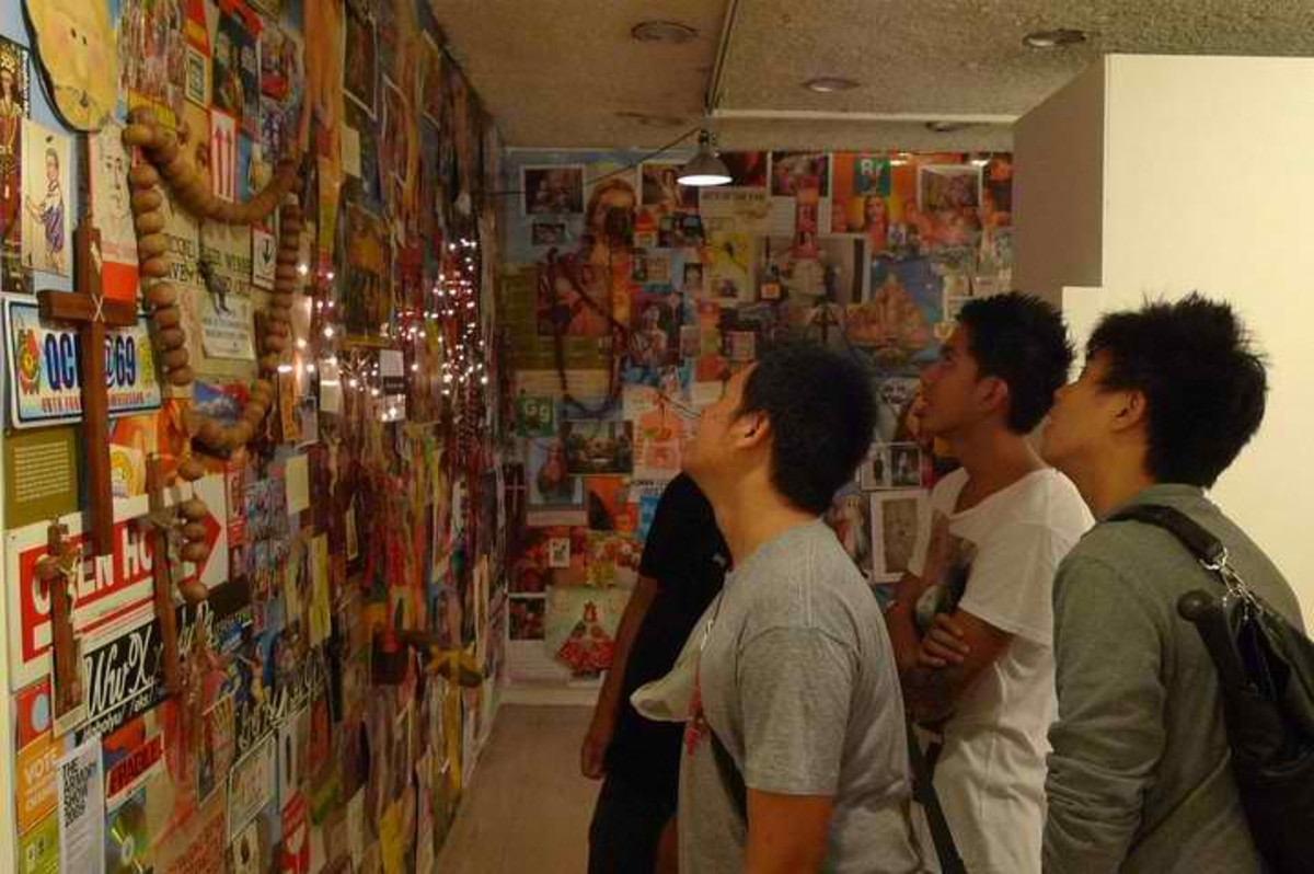 """Relics"" found objects 2004 ""Poleteismo / Kulo"" Cultural Center of the Philippines, 2011.(Photo by Mideo Cruz)"