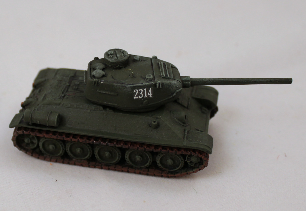 Well-applied decal on a T-34/85