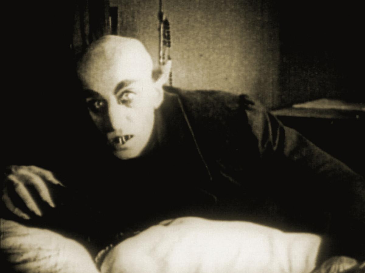 top-5-scariest-looking-film-vampires