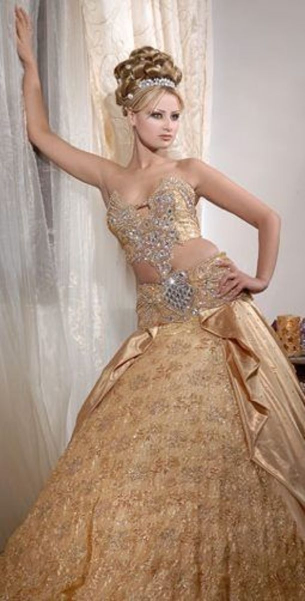 The Bride has a dress and color that some would find untraditional, but it is in complete harmony with her chosen theme of an Arabian Nights Fantasy.