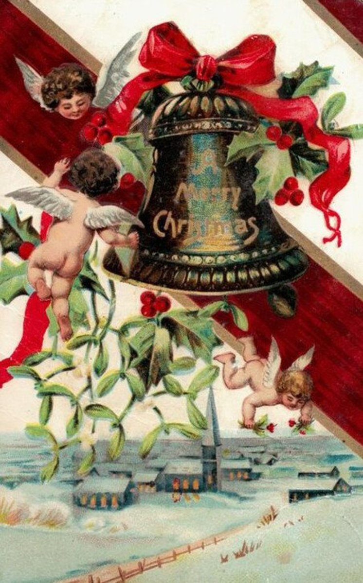 Christmas Cherubs and Bell