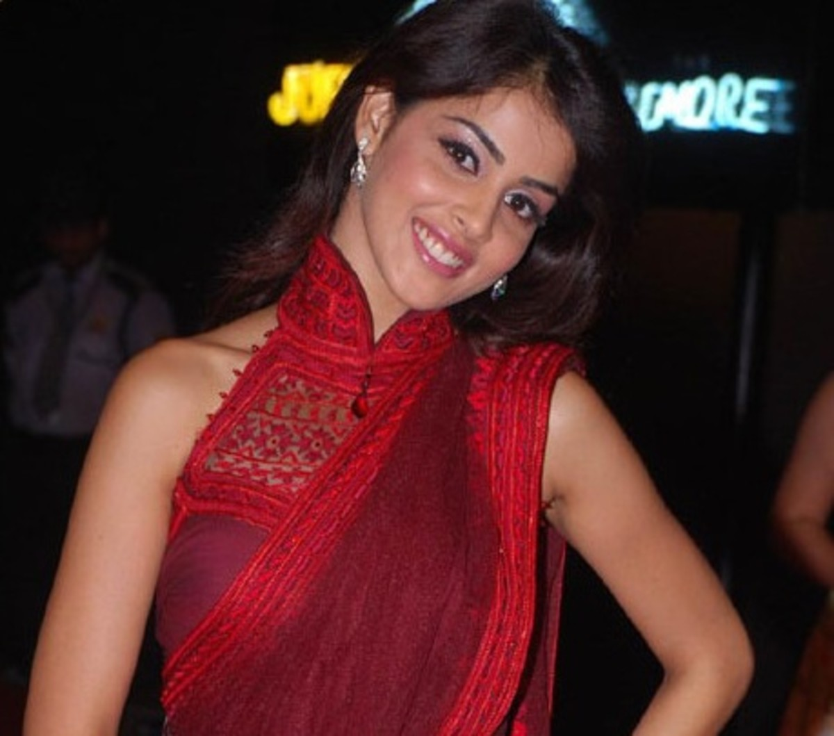 Genelia looking very classy in redish maroon saree with high neck collared blouse and slanted sleeveless designed saree blouse