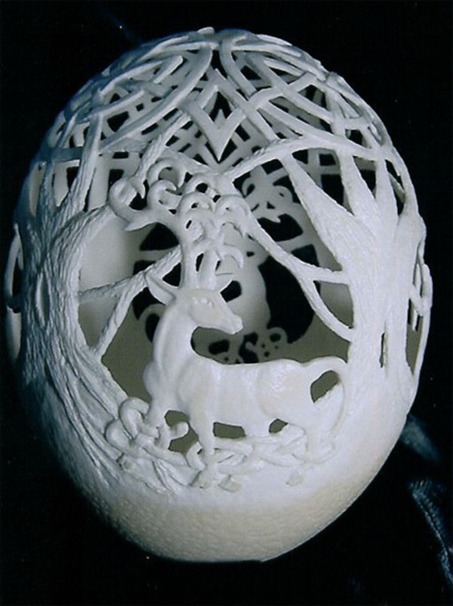 Egg carving of a deer in the forest