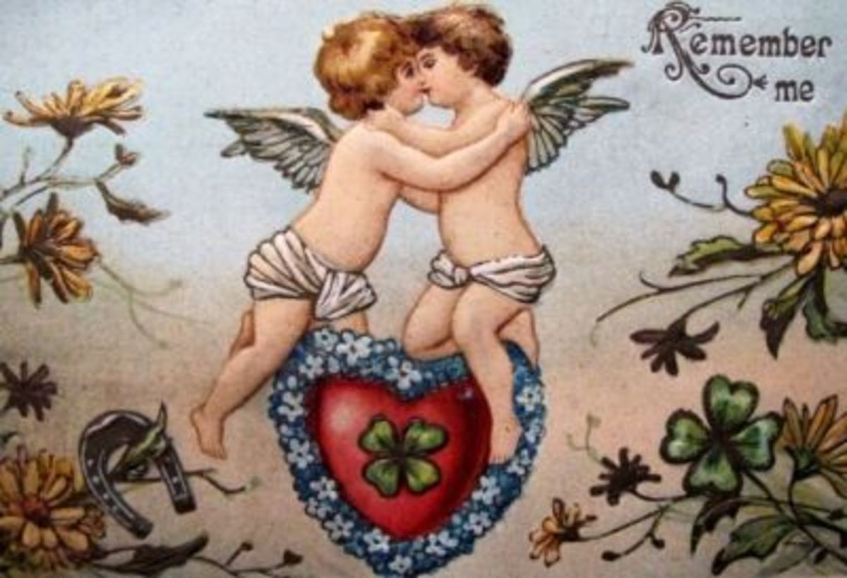 Kissing Cupids
