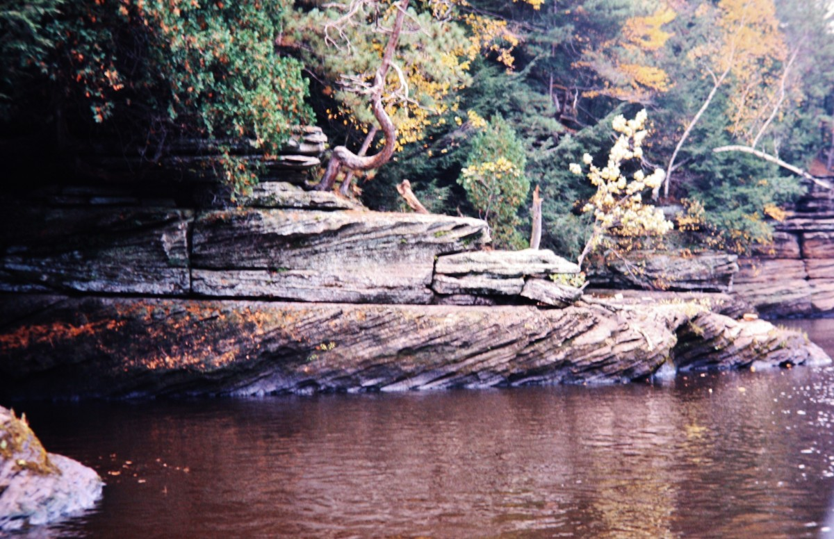 Wisconsin Dells image from the water