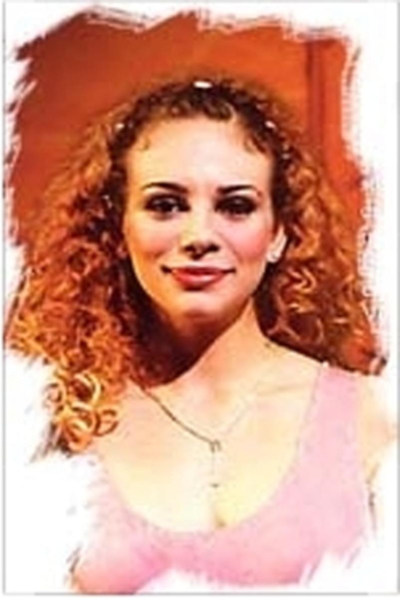 Veronica Antico as Fleur de Lys
