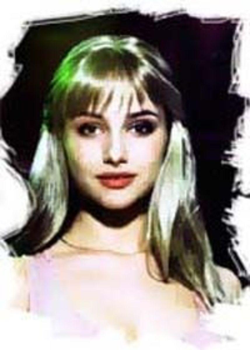 Catherine Maslovskaa as Fleur de Lys