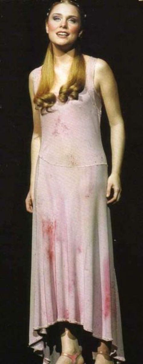 Kate Pinell as Fleur de Lys
