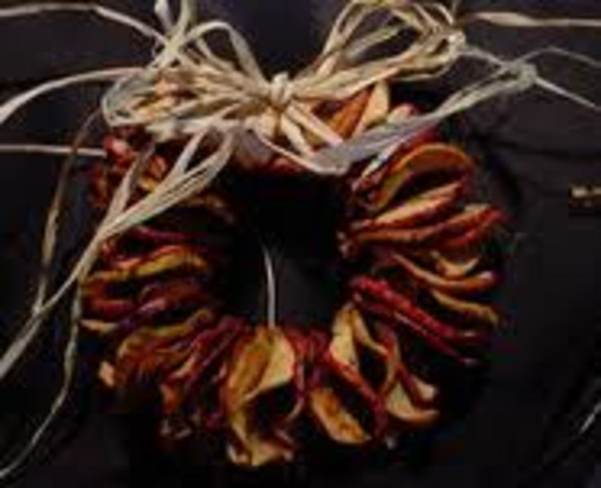 Dried Apple Instructions and Designs for Apple Wreaths, Great for a Warm Fall De'cor