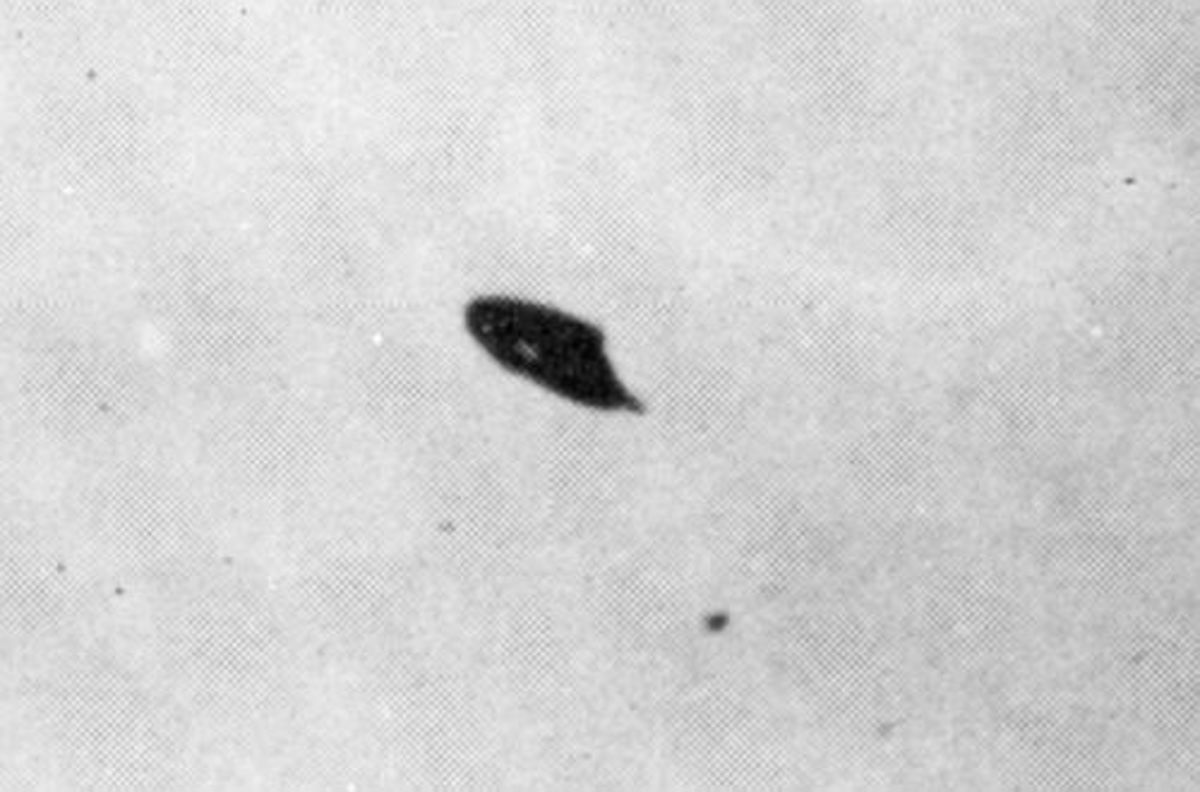 The Rhodes UFO Photo - July 7th, 1947