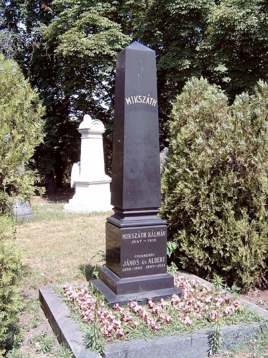 Kalman Mikszath memorial