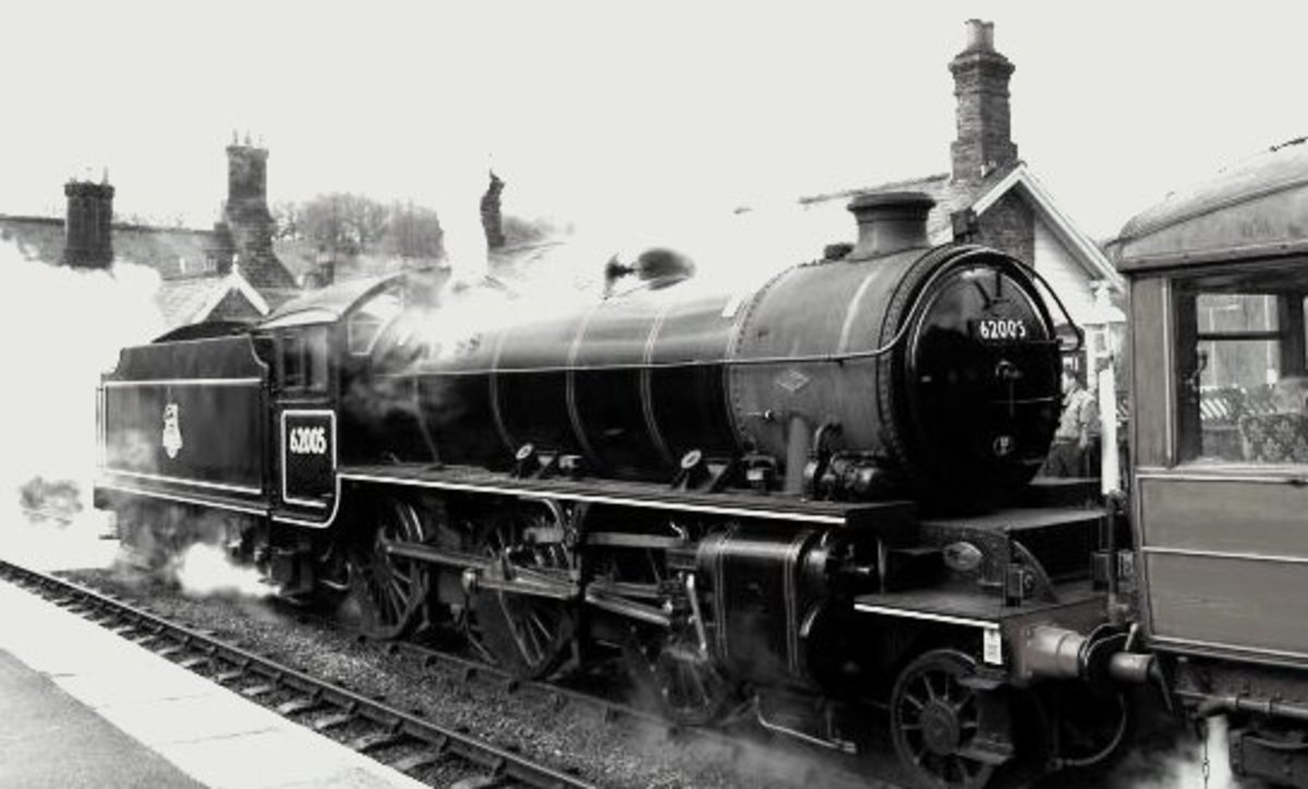 K1 62005 formerly of Darlington (51A) was outshedded at Haverton Hill as a stationary boiler for ICI Chemical works before being bought for spares by Viscount Garnock for his K4 'Great Marquess', passed on intact to NELPG. Seen at Grosmont, NYMR