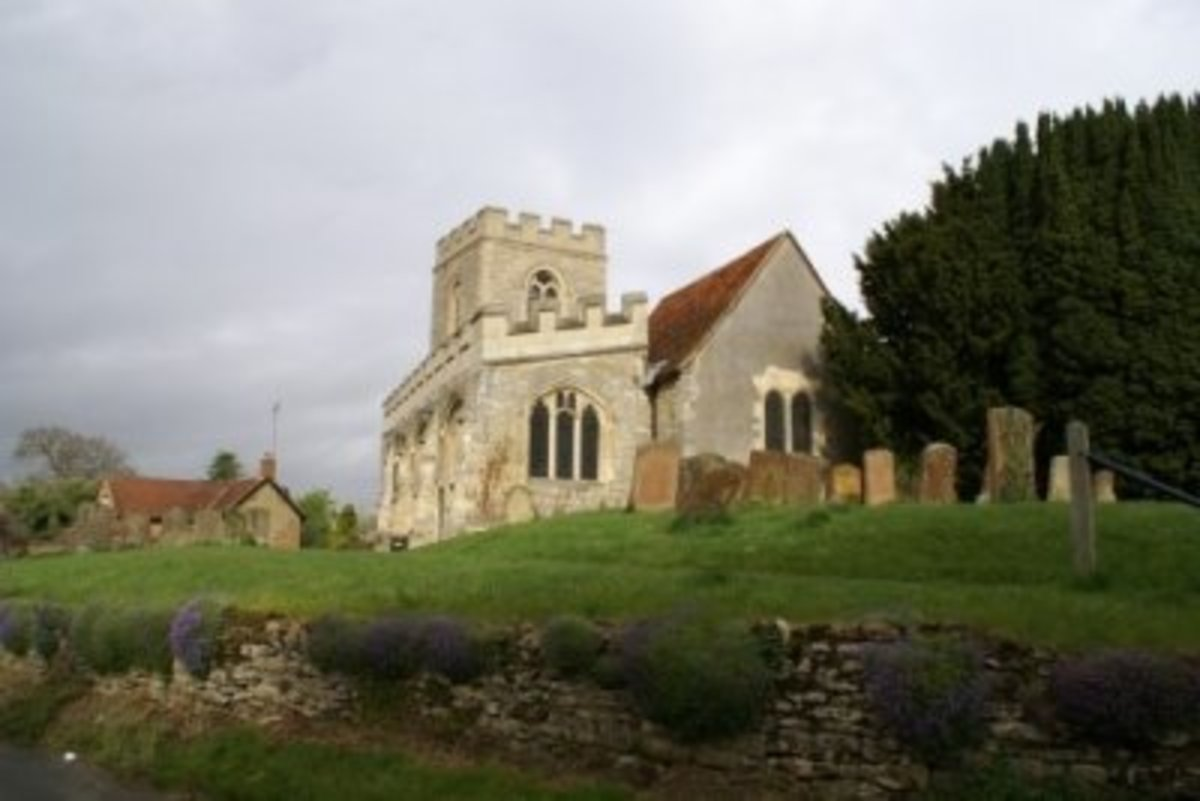 All Saints, Loughton, Buckinghamshire