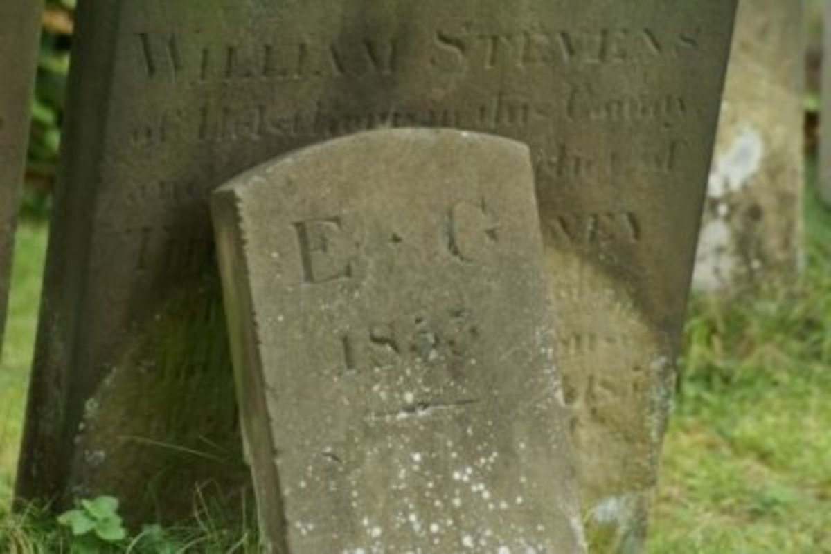 Memorial stone with E.G, initials