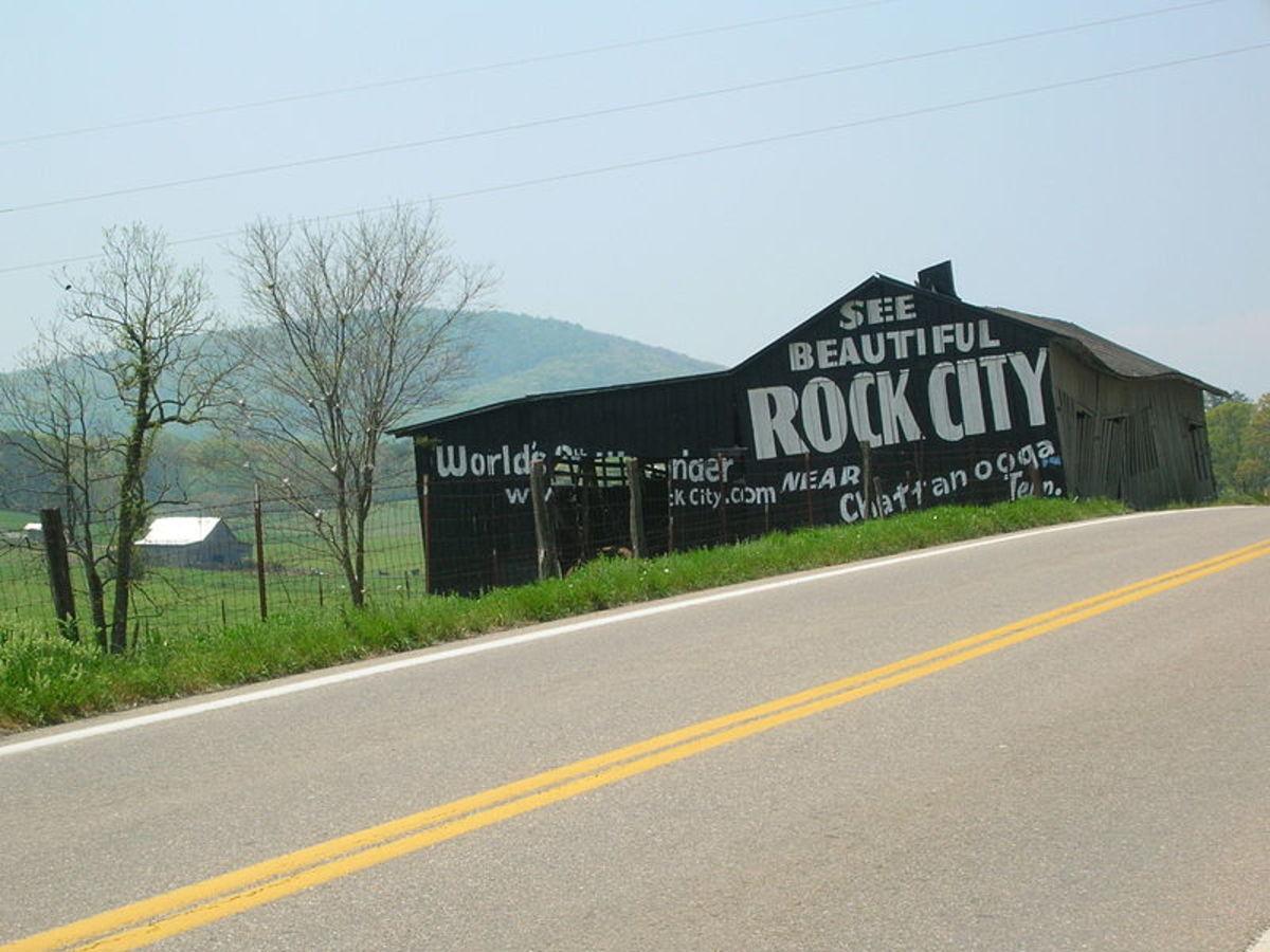 Painted barn advertising Rock City