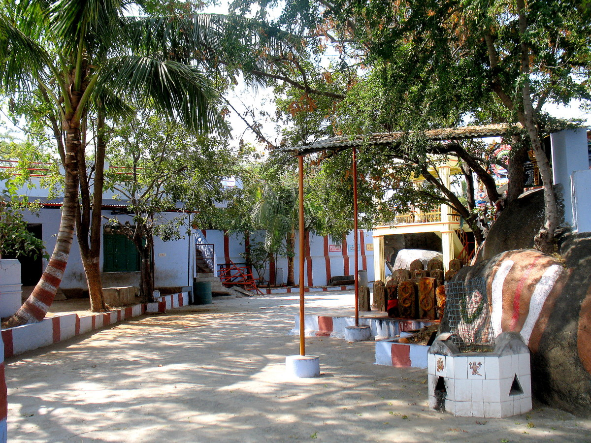 krishanagiris-2500-year-old-katu-veera-anjaneyar-temple