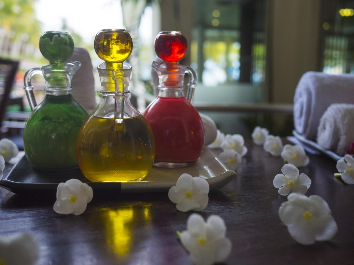 essentialoils-and-aromatherapy