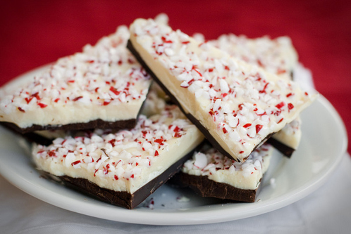 Peppermint bark is yummy - and it's the easiest food gift to make for just about anyone!