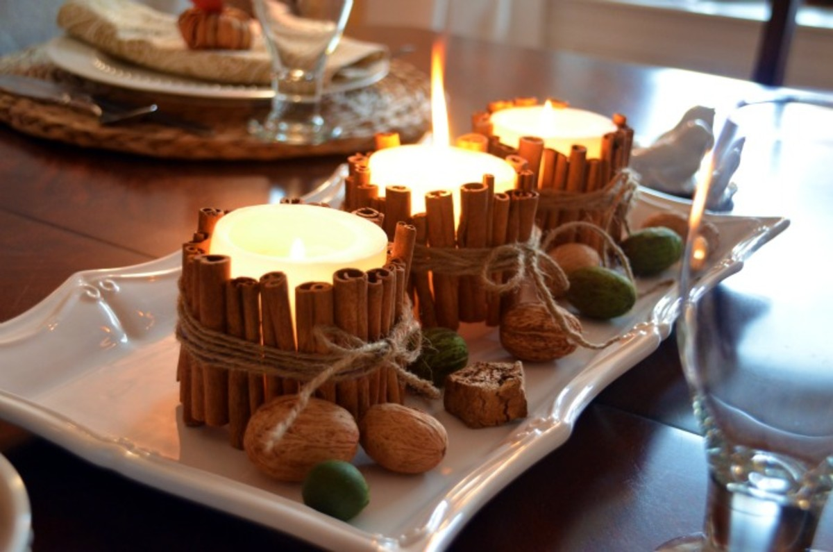 These cinnamon stick candles look beautiful and smell even better!