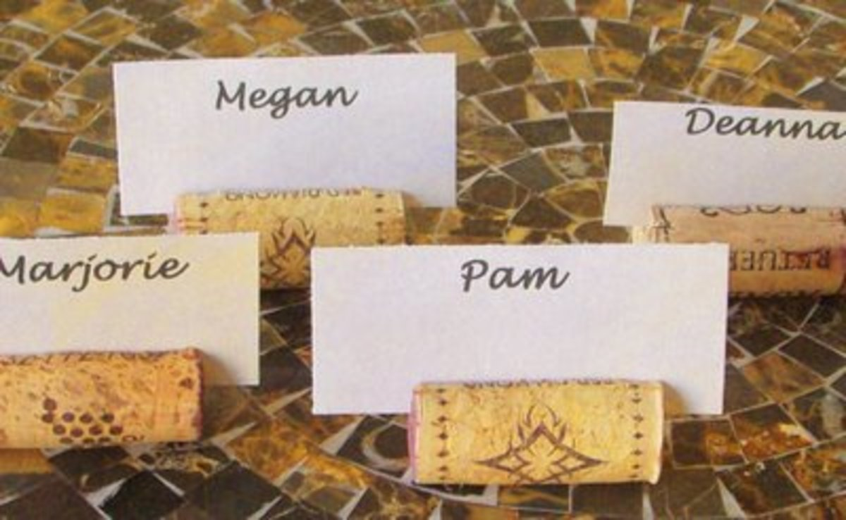 All your wino friends will love these cute placecard holders!