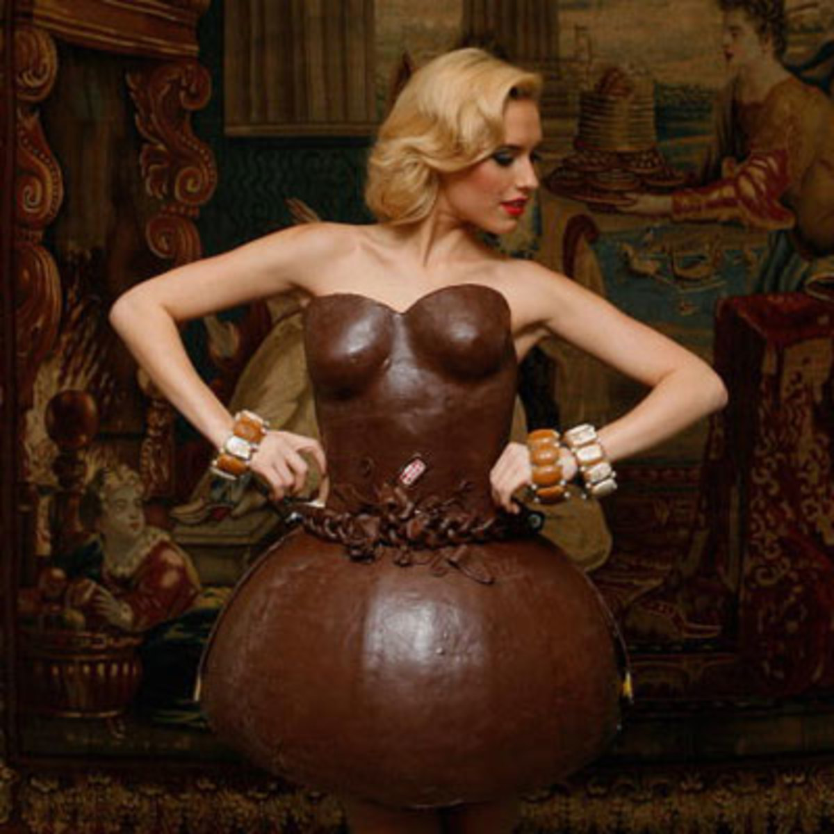 Chocolate Busty Dress