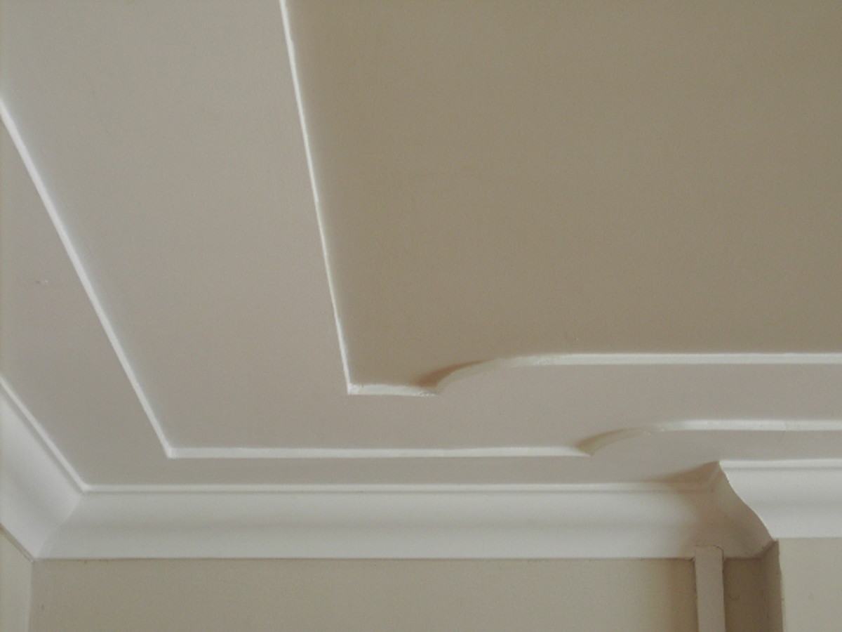 How to easily fix and apply cornice coving molding cutting for Ceiling cornice ideas