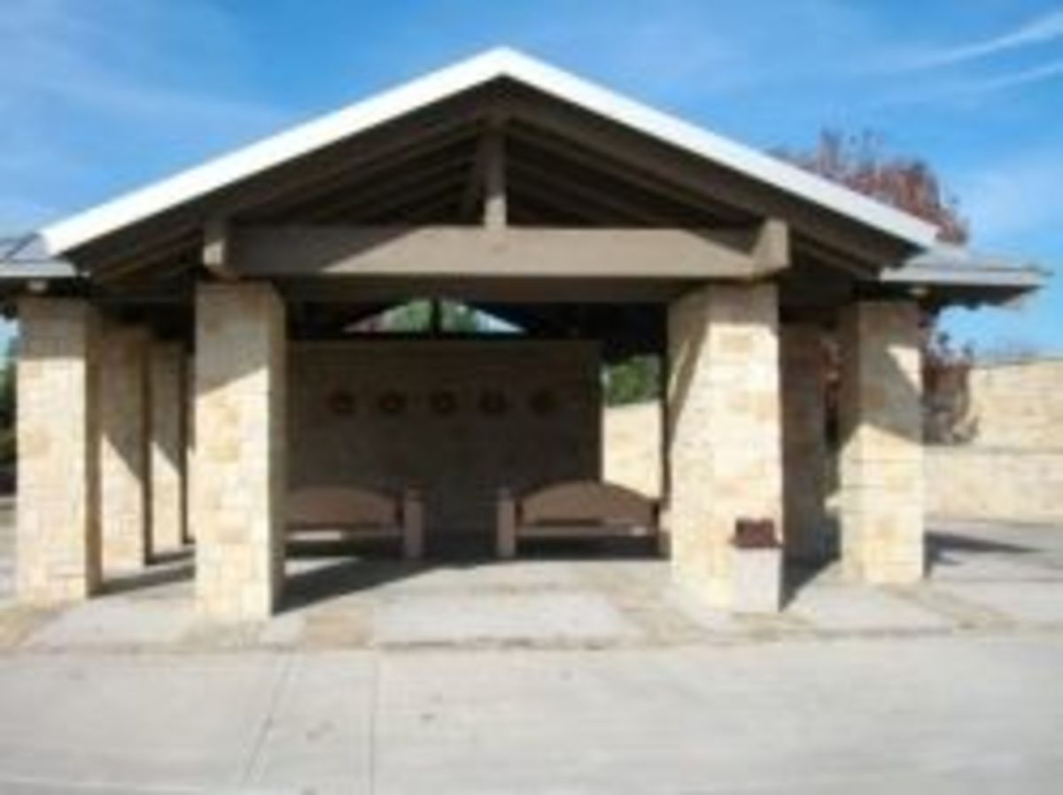 Committal shelter at DFW National Cemetery