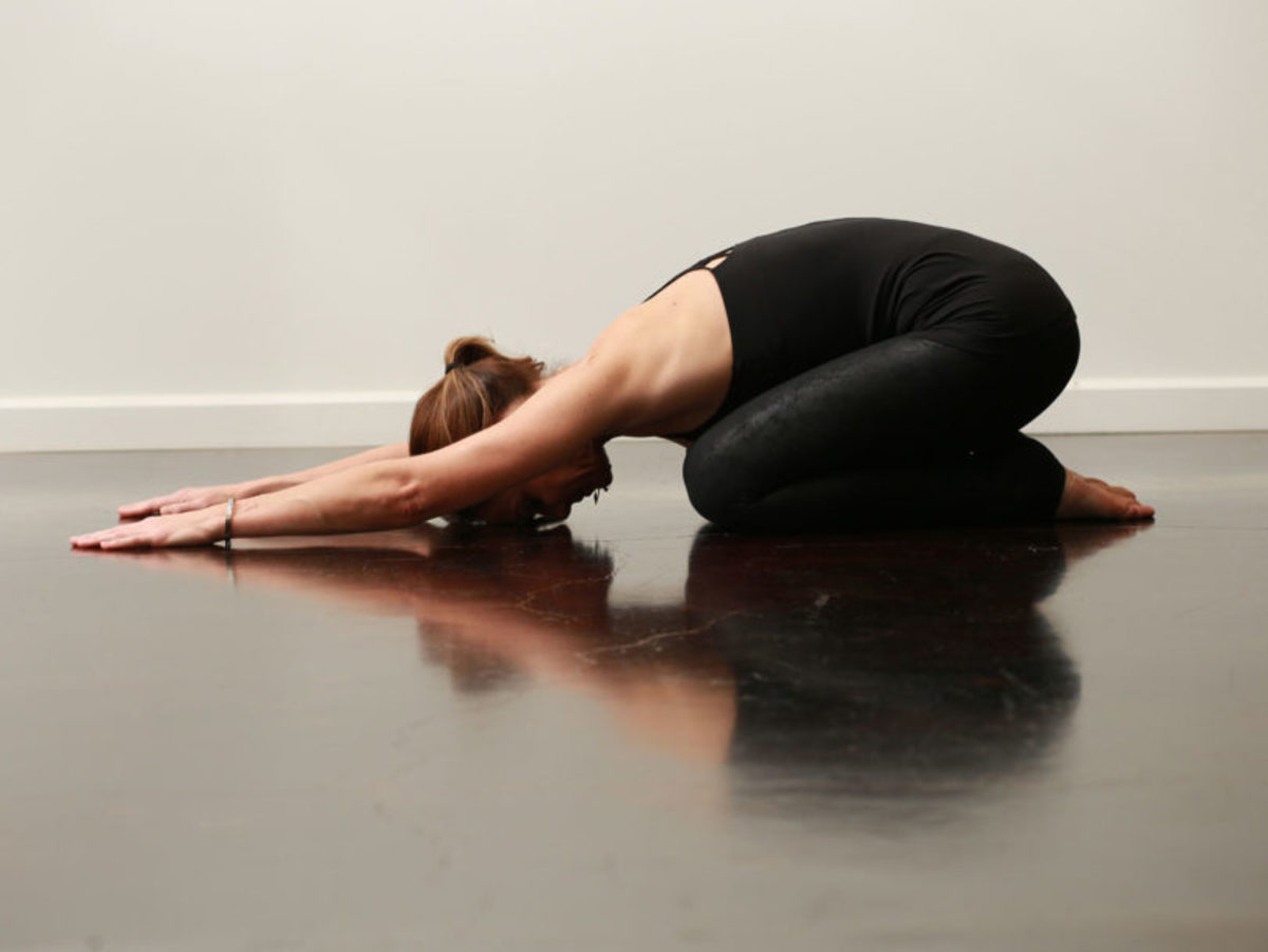 yoga-poses-for-your-menstrual-cycle-with-pictures