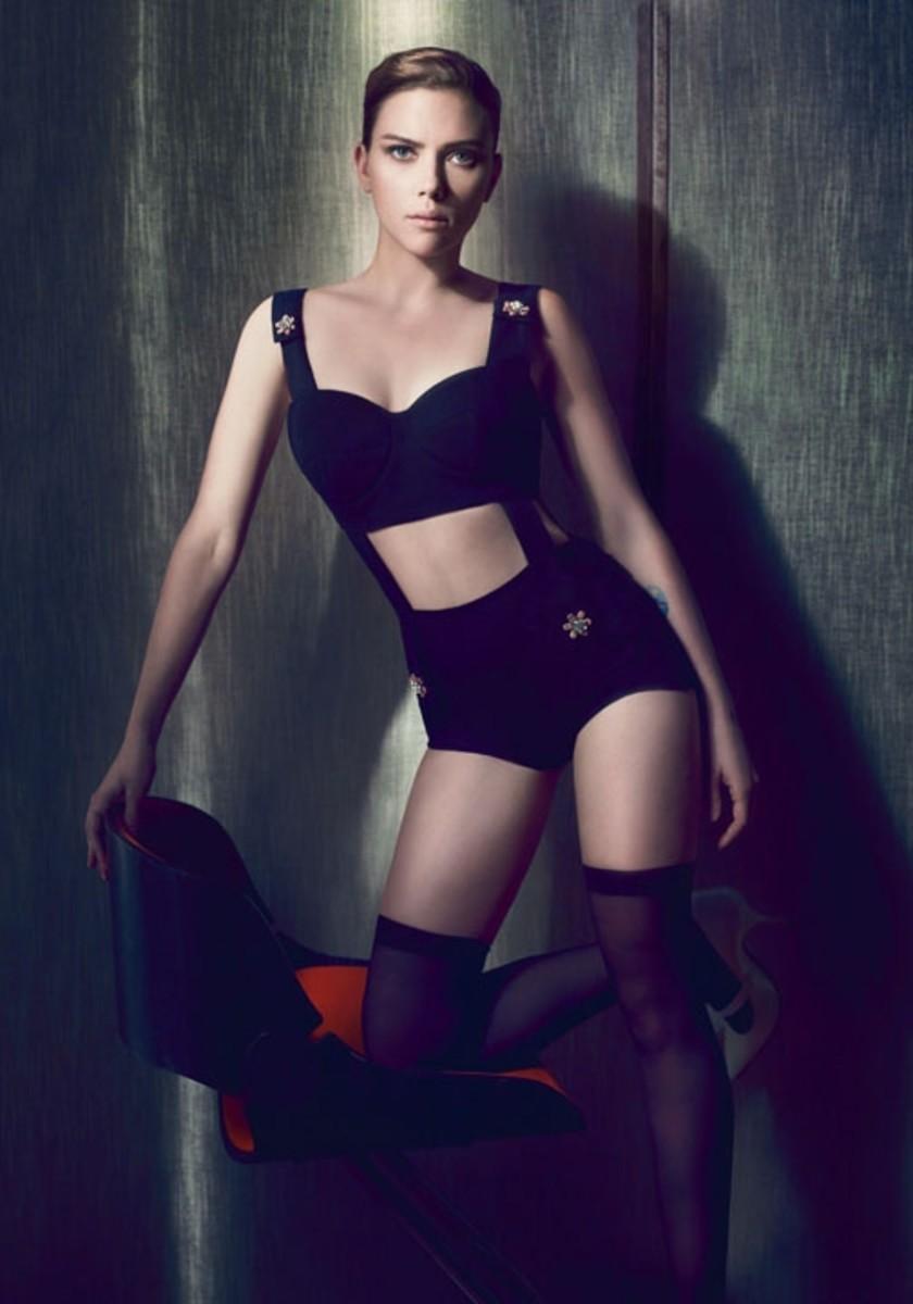 scarlett-johansson-photo-sexy-lingerie