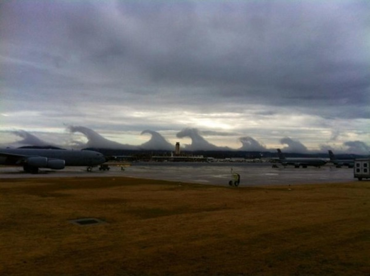 Most Fascinating Clouds In The World  ~ Some Look Like Angels ~ Virga And Kelvin-Helmholtz Clouds