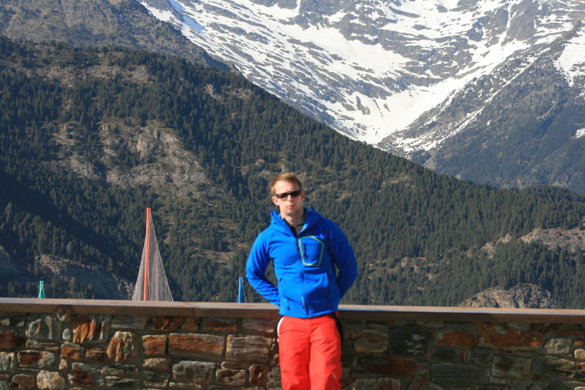 Standing in my Quechua Bionassay Softshell jacket with the Pyrenees in the background