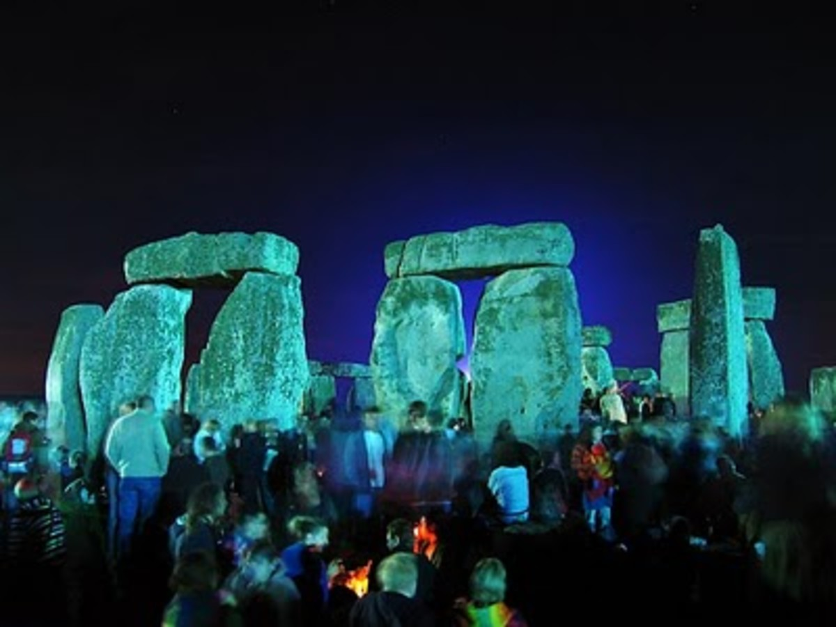 Stonehenge Summer Solstice: carrying on the tradition