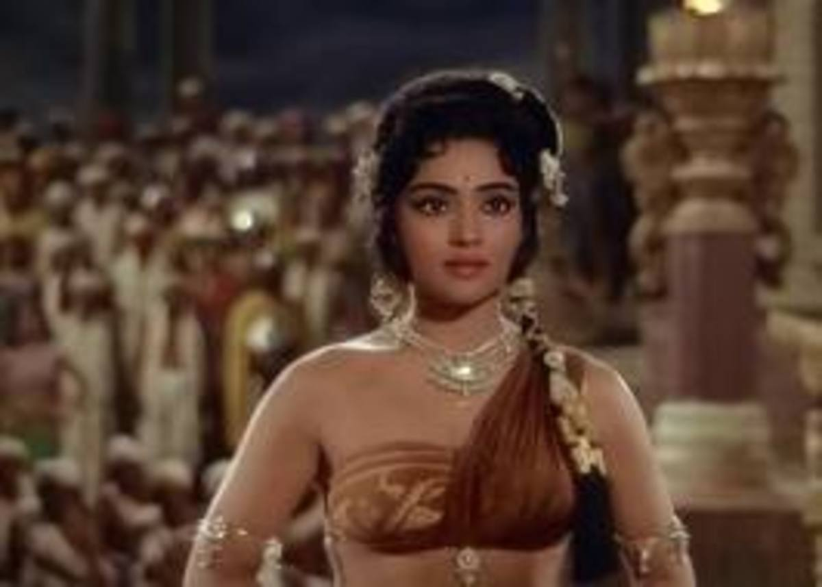 Vyjayantimala in Amrapali. She has been one of the best and most versatile dancers of Hindi Cinema