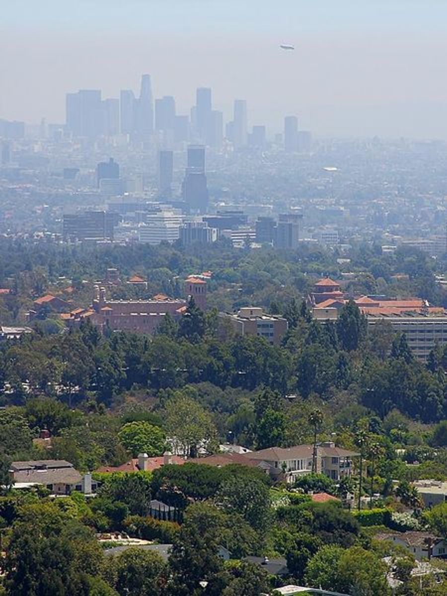Haze in California. Image Credit:Jon Sullivan via Wikimedia Commons.