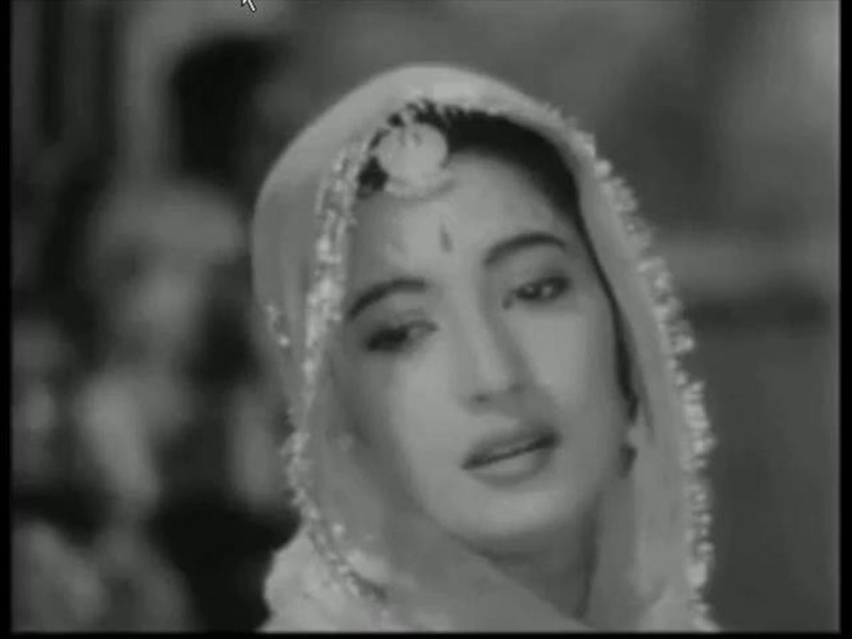 A great song from the movie Bombai Ka Babu