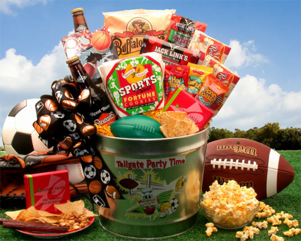 Sports Themed Party Pail