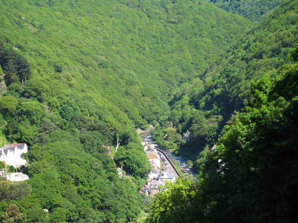 Lyn Valley