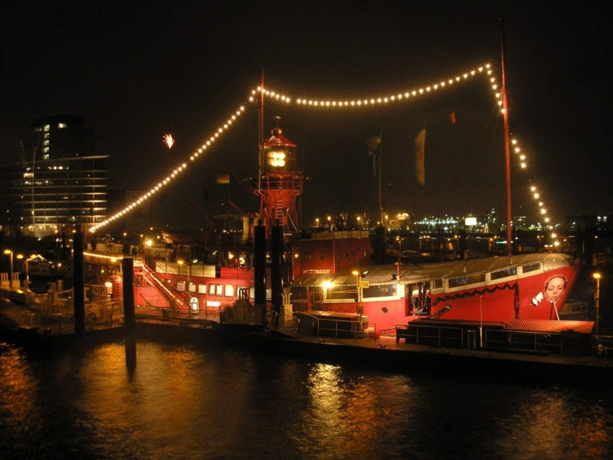 """Das Feuerschiff"" or ""Trinity House LV13"" (Lightvessel 13) - originally a British Lightship, functioning as a museum, hotel, restaurant etc in the harbour of Hamburg (Germany)."